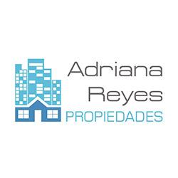 Adriana Reyes Propiedades